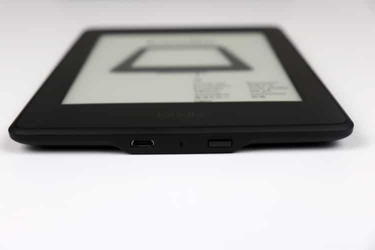 Amazon Kindle Paperwhite 3 (2015) konektor