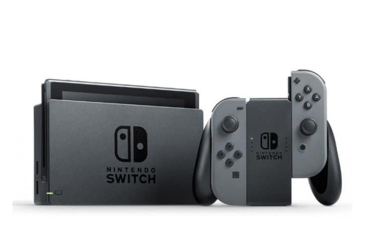 Nintendo Switch + Joy-Con