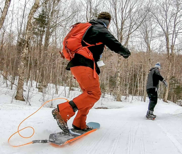 Mundo snowboard na hiking