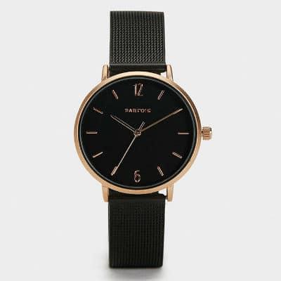 Čierne hodinky