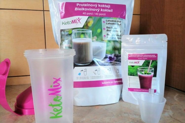 Proteínový kokteil KetoMix príprava