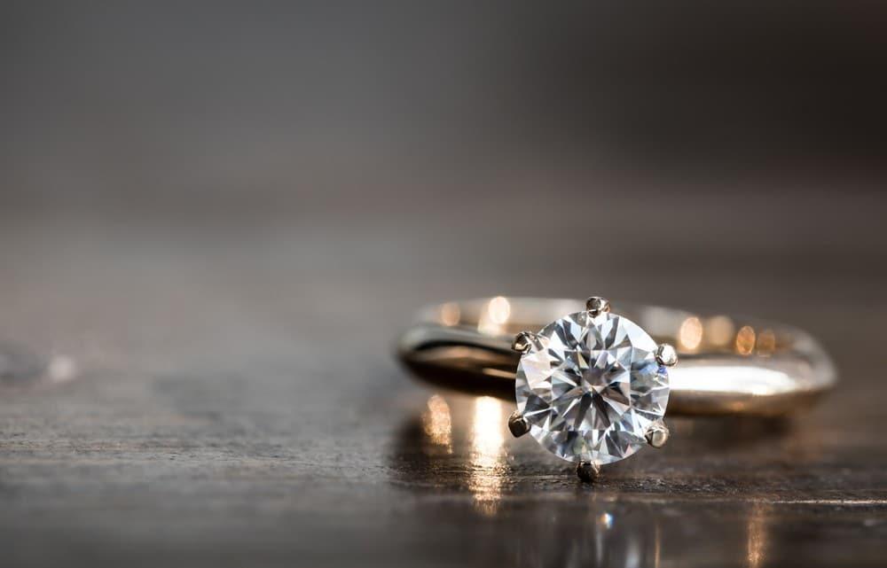 Výber zásnubného prsteňa