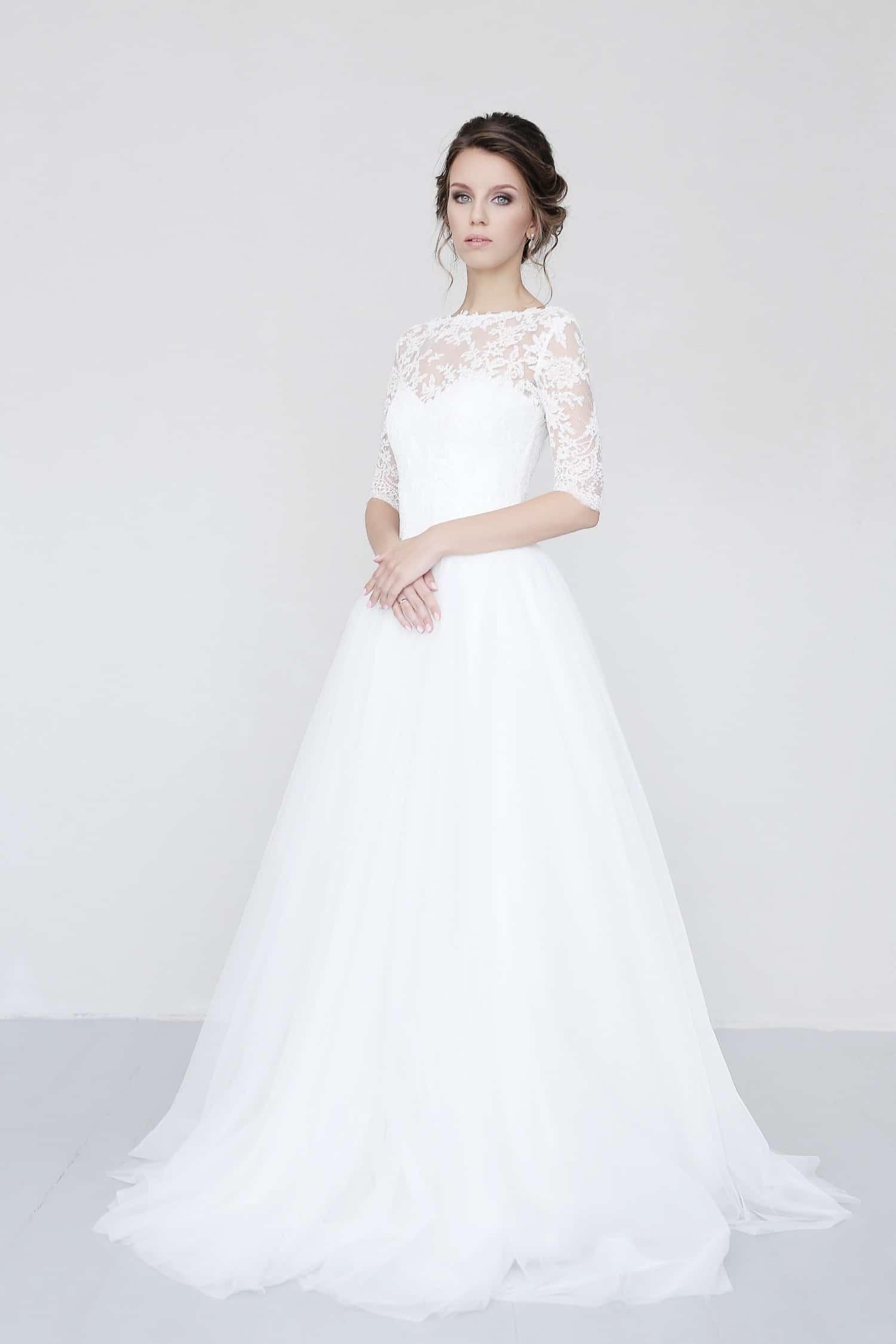 áčkové svadobné šaty