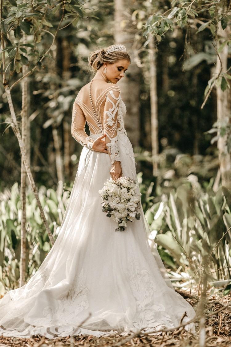 Extravagantné svadobné šaty