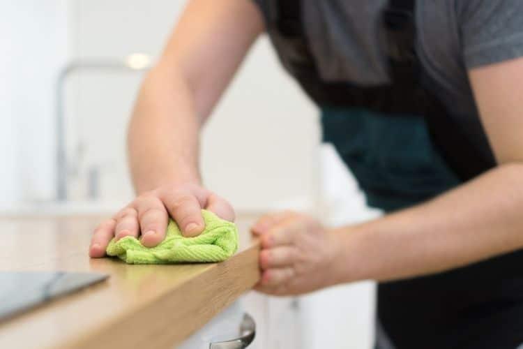 Ako čistiť drevotriesku
